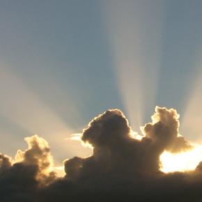 Erinomaista valon päivää!