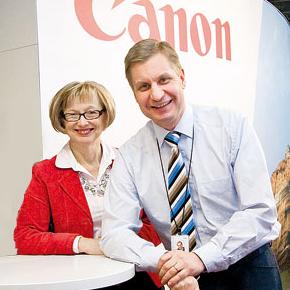 Valmentavalla johtamisella huipputuloksia: Case Canon Oy