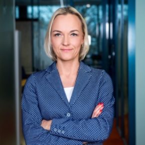 Management Team - Leadership Coaching: Case Elisa Eesti Ltd.